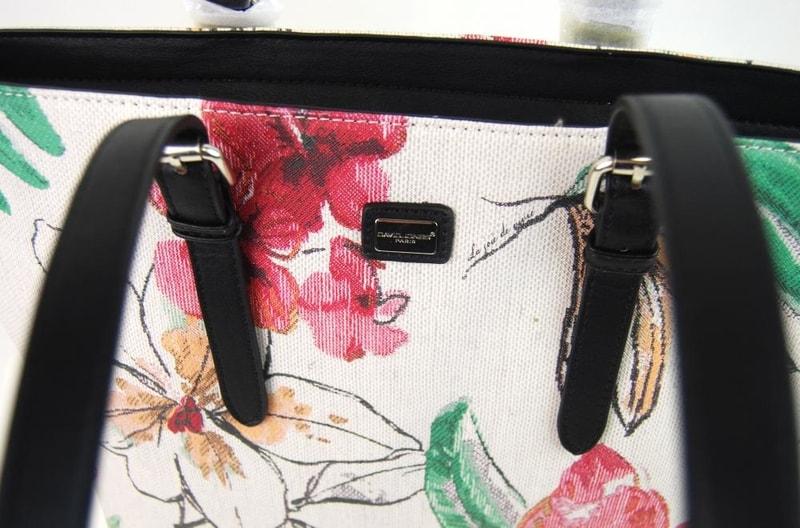 4f54f1472c Velká dámská kabelka s květy přes rameno David Jones · Zvětšit. Předchozí   Další. Previous  Next