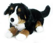 Plyšový pes salašnický 61 cm ležící