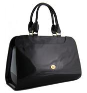 Menší černá lesklá kabelka do ruky S453