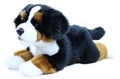 Plyšový pes salašník ležící, 30 cm